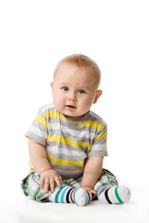 good looking boy: little boy sitting