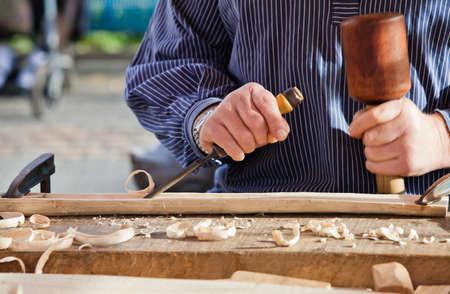 wood products: Sgorbia scalpello da legno strumento falegname. Opera dell'artista.