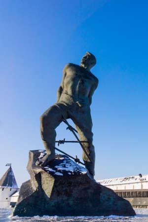 fetter: The monument to Musa Dzhalil, poet, hero of the Soviet Union. Kazan, Russia