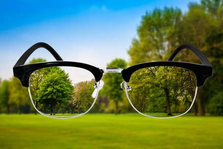 눈 건강 관리 개념입니다. 안경 광학 의료 개념. 비전 안경