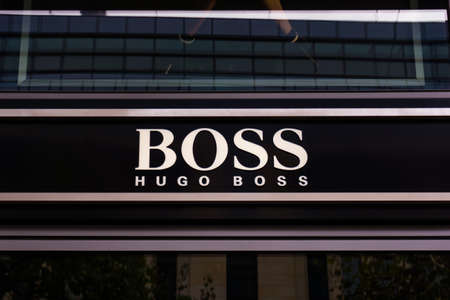 hugo: FRANKFURT, GERMANY - OKTOBER 24, 2015: Hugo Boss shop in Frankfurt, Germany. Hugo Boss is German luxury fashion and style house founded in Metzingen at 1924. Editoriali