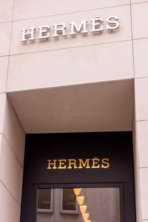 luxury goods: FRANKFURT GERMANY - OKTOBER 24, 2015: Hermes shop at Frankfurt,Germany - Hermes is a French manufacturer established in 1837 specialising in leather, accessories perfumery and luxury goods