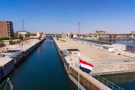 sluice: Sluice gate on the Nile river, Egypt.
