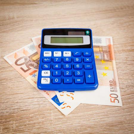 billets euro: Financial concept. Euro money. Euro notes with calculator