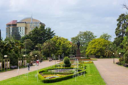 ulyanov: SOCHI, RUSSIA - May 13, 2016: Monument to Lenin in park of Arts. Sochi at Arts Square. Sochi, Russia