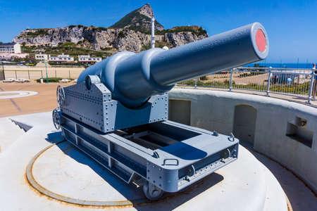 britannia: A view of a battery installed in Gibraltars Upper Rock, Gibraltar. exhibit guns in Gibraltar. Rule Britannia. Old cannon installed at Europa Point on Gibraltar