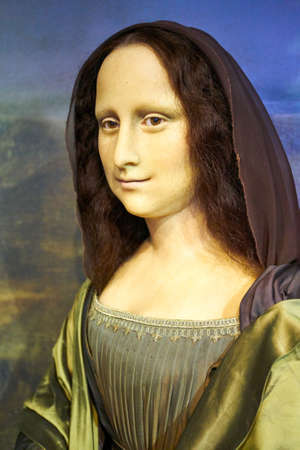 Amsterdam, Netherlands - September 05, 2017: Wax figur of The Mona Lisa or La Gioconda, in Madame Tussauds museum in Amsterdam Editöryel