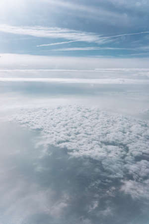 View from above the clouds. A blanket of clouds. 免版税图像
