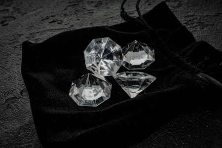 Diamond on black. Beautiful shining crystal 免版税图像