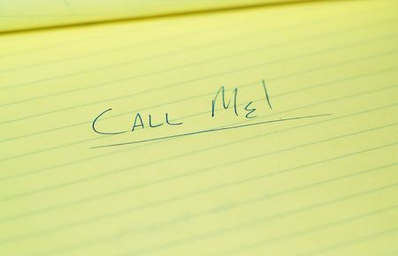 Urgent note, telling a person to call them.