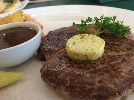 eye: Rib-eye steak