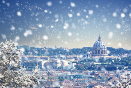Christmas background: Aerial view of Rome. Vintage colored picture. X-mas, Business, Love and travel concept Zdjęcie Seryjne - 93477405