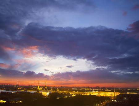 panoramic view of Saint-Petersburg (St.Petersburg) river scape at sunset. Spit of Vasilyevsky Island. Neva River. winter palace. Travel background Zdjęcie Seryjne - 93399659