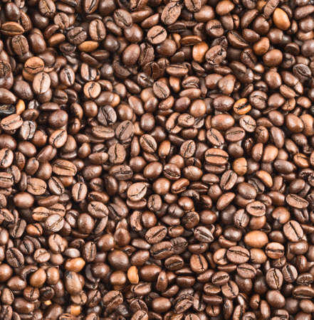 invigorate: Roasted coffee bean surface as a seamless abstract background texture pattern Stock Photo