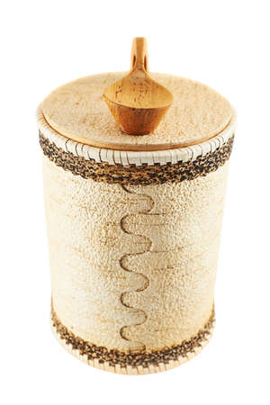 cylindrical: Cassa cilindrica in legno fatto a mano isolato su bianco