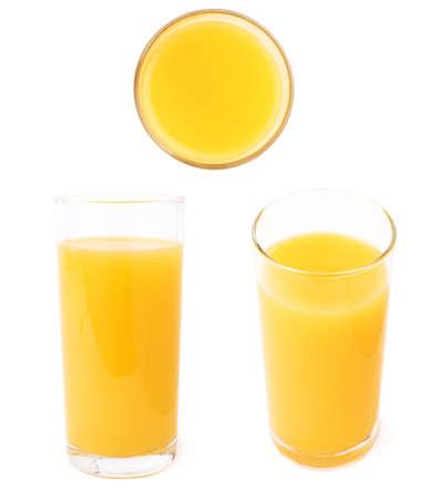 コップは異なる foreshortenings のセット、白背景に分離されたオレンジ ジュースでいっぱい