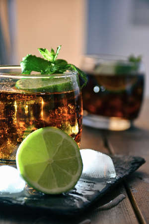 cocktail cuba libre, composite of rum, lime and coke