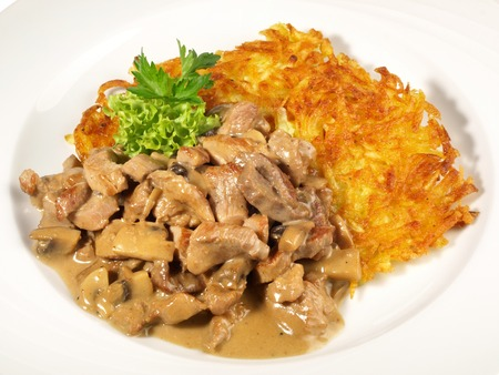 Sliced Meat Zurich Style with Potato Roesti