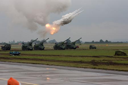nato: OSTRAVA, CZECH REPUBLIC - CIRCA SEPTEMBER 2008 - Artillery fire test shots during military show NATO DAYS