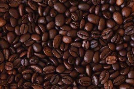 granos de cafe: los granos de caf� de fondo, los granos de caf� de la foto, los granos de caf�, fondo del caf�, modelo del caf�, granos de caf�, venta de caf�, caf� tostado, caf� marr�n, papel pintado de caf�, caf� macro