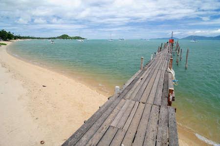 wooden bridge on the beach Banco de Imagens