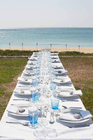wedding dinner table set up on the ebach Banco de Imagens