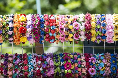 headbands: de borde hembra. cabello cintas para el pelo con cintas y lazos vista superior.