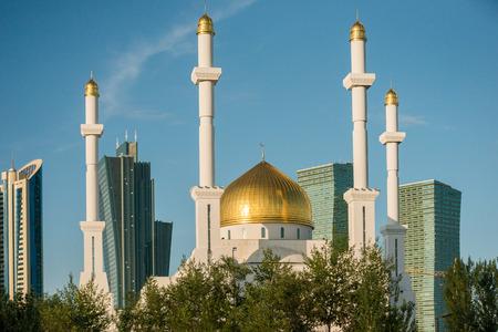 astana: Nur Astana Mosque in Astana, Kazakhstan
