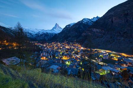 Het dorp van Zermatt en Matterhorn, Zwitserland
