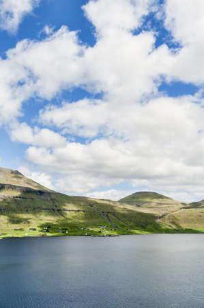 Landschaft in den Färöer-Inseln Standard-Bild - 21612356