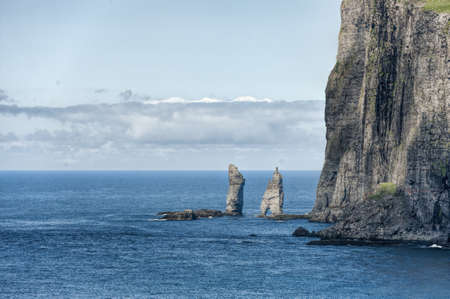 Landschaft in den Färöer-Inseln Standard-Bild - 21612741