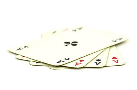 Alte Spielkarten mit vier Ass-Karten isoliert auf weißem Hintergrund Standard-Bild - 16512936