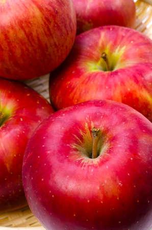 pomme: apple