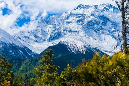 Landscapes Snow Mountains Nature Morning Viewpoint.Mountain Trekking Landscape Background. Nobody photo.Asia Horizontal picture. Sunlights White Clouds Blue Sky. Himalayas Rocks Stock Photo - 63727132
