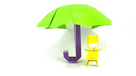 umbella: origami works paper made to be boys and umbella.  Solution public in internet web site.