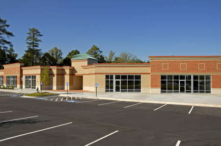 New Commercial Building for Lease Imagens