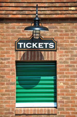 Nieuw kassa met gesloten Ticket Window  Stockfoto