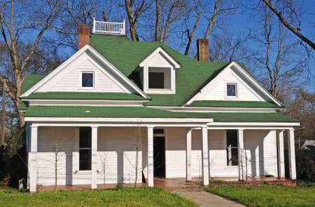 Verlaten Huis te Koop of Lease Stockfoto