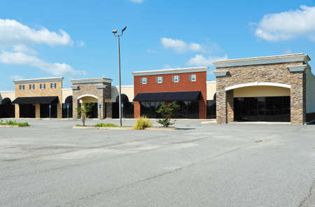 New Commercial Building with Retail and Office Space available for sale or lease Banco de Imagens - 61640511