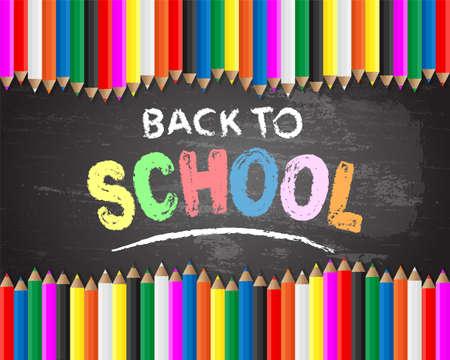 Terug naar school hand getekend met krijt op blackboard achtergrond met kleurpotloden Stock Illustratie