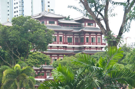 singapore culture: Singapore Singapore  March 9 2015: Buddha tooth relic temple in Singapore. The temple is a famous landmark for Buddhism culture in Singapore and attract many tourists. The design is influenced from China. The photo is taken in the afternoon. There is nobo