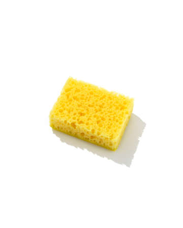 Yellow sponge for dishwashing isolaten on white background. Cleaning service concept 免版税图像 - 155069364