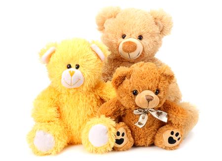 Trois ours en peluche jouet isolé sur fond blanc Banque d'images