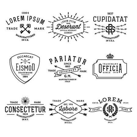 llave de sol: etiqueta de la vendimia colección monocromática inconformista, de placas para la impresión de negocio o una camiseta con la flecha, un rayo, corona, cinta, starburst, guirnalda Vectores
