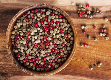 peppar: Mixed peppercorns - food spicy background