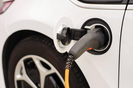 Het opladen van elektrische auto