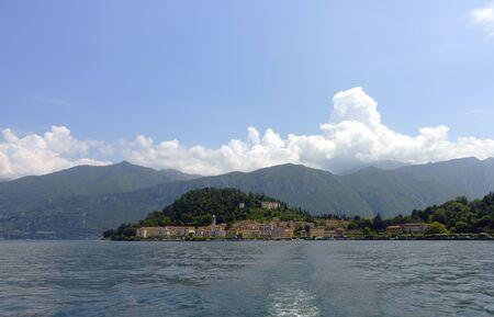 Uitzicht op Bellagio aan het Comomeer in Noord-Italië Stockfoto