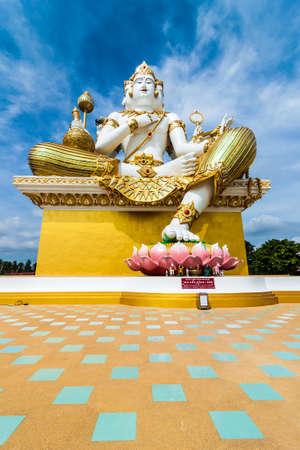 chachoengsao: The big Brahma (Hindu God) statue at Wat Saman Rattanaram, Chachoengsao, THAILAND Stock Photo