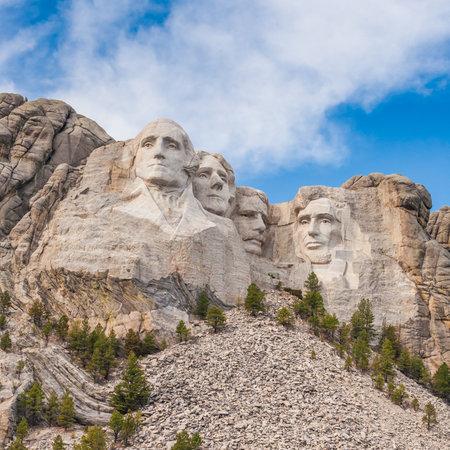 george washington: Mount Rushmore National Monument in South Dakota