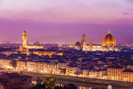 del: Santa Maria del Fiore, the Florence Duomo at sunset